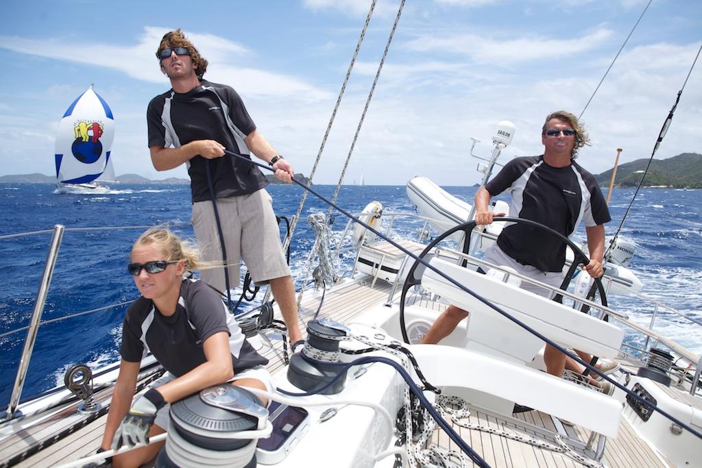 <- czwarty dzień regat – (sobota 17.04), Peter Island – Nanny Cay