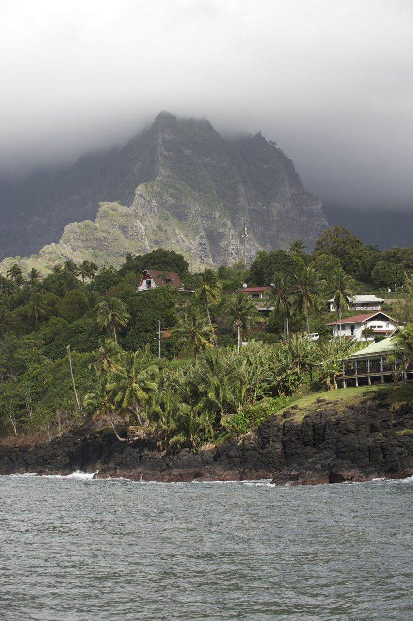Marae na Hiva Oa z największym Tiki na Polinezji Francuskiej (10.08)