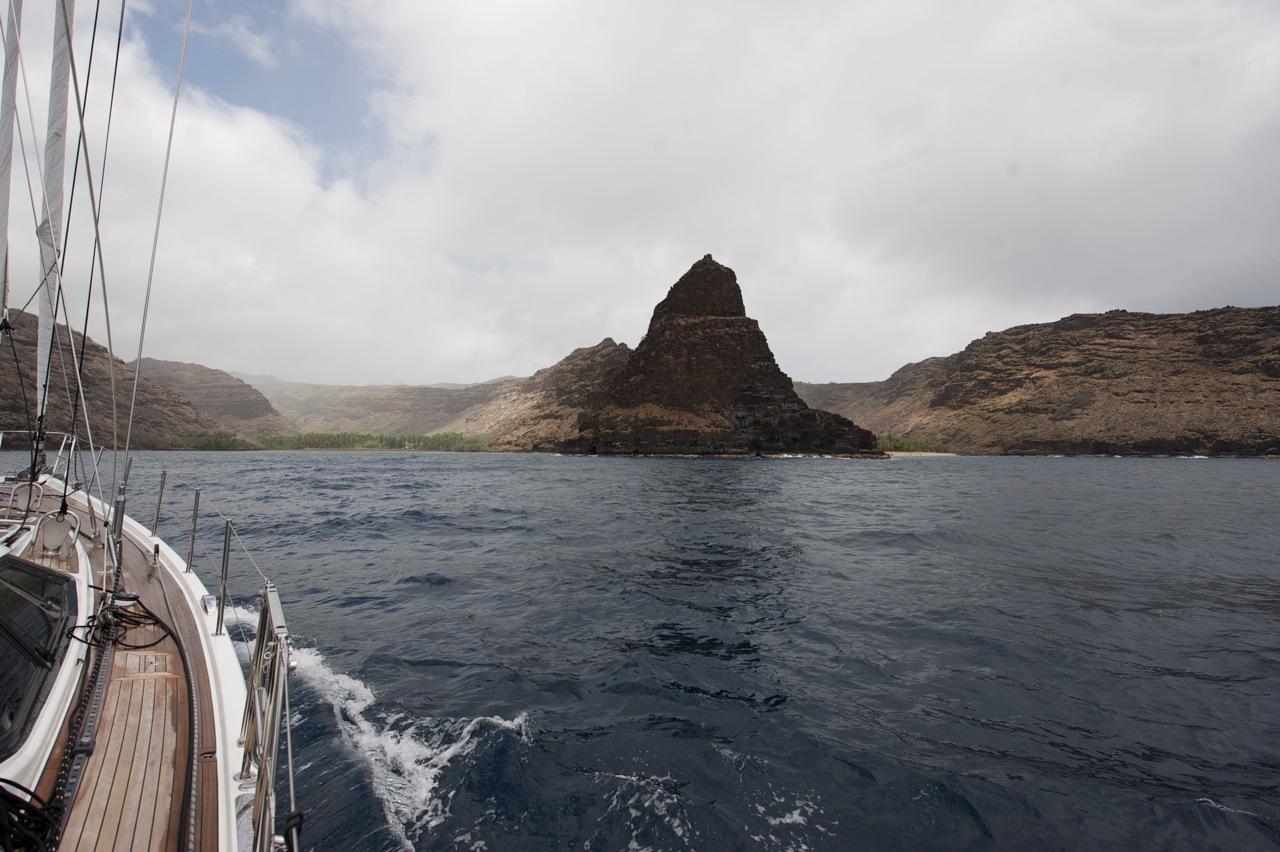 samotna Katharsis w Hanaiapa Bay (13.08)
