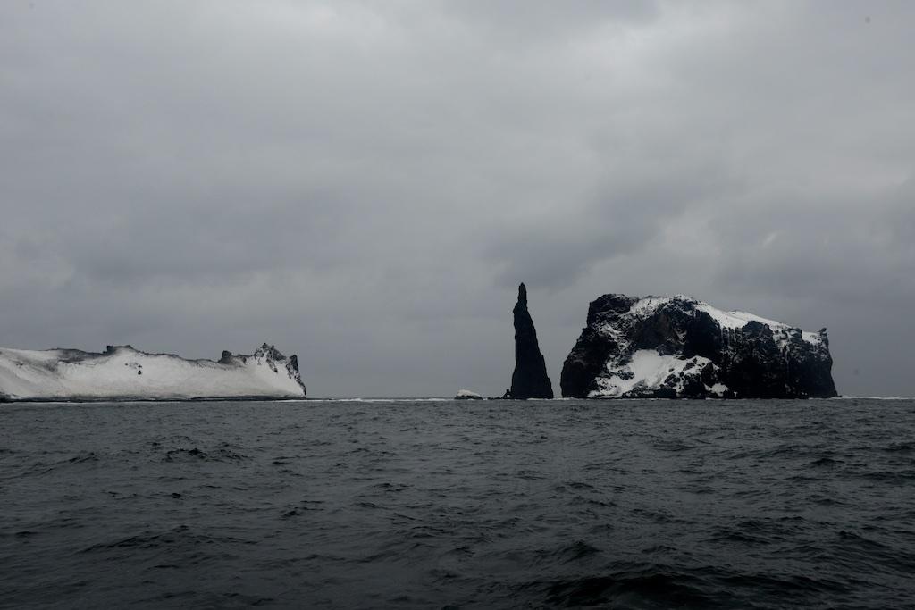 Wyspy Belleny'ego na Morzu Somowa